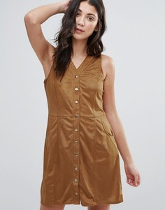 Платье из искусственной замши на пуговицах QED London - Коричневый