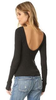 Пуловер с овальным вырезом сзади Enza Costa