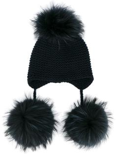 шапка с помпоном из меха енота Inverni