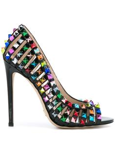 studded detail pumps  Gianni Renzi