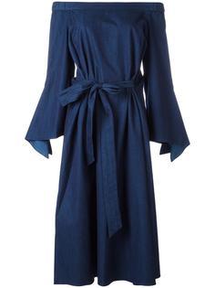 длинное платье с открытыми плечами Tibi