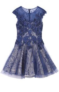 Приталенное мини-платье с кружевной отделкой Basix Black Label