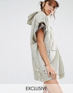 Трикотажное платье с капюшоном и потертостями Jaded X Granted - Кремовый