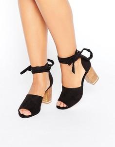 Босоножки на каблуке с завязкой вокруг ноги ASOS TAKE CHARGE - Черный