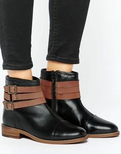 Кожаные ботинки на плоской подошве с ремешком Ravel - Черный