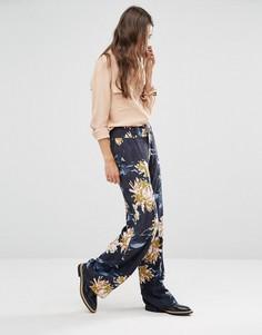 Широкие брюки с цветочным принтом Gestuz - Темно-синий