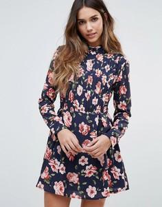 Короткое приталенное платье с высокой горловиной и складками Unique 21 - Мульти