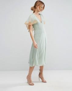 Платье миди с кейпом и кружевной отделкой ASOS - Зеленый