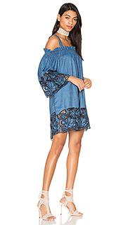 Платье с вышивкой - KENDALL + KYLIE