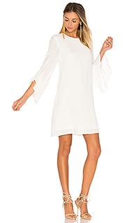 Платье с рюшами на рукавах - BLAQUE LABEL