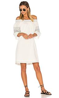 Платье со спущенными плечами deandria - Velvet by Graham & Spencer