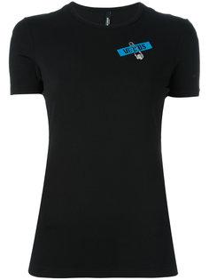 футболка с отделкой в виде булавки Versus