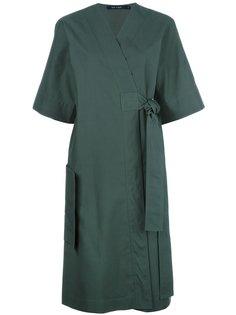 платье с поясом и запахом Sofie Dhoore