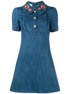 джинсовое платье с вышивкой на воротнике Gucci