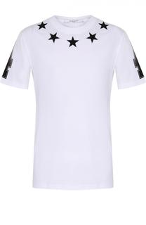 Хлопковая футболка с контрастными нашивками в виде звезд и принтом на рукавах Givenchy