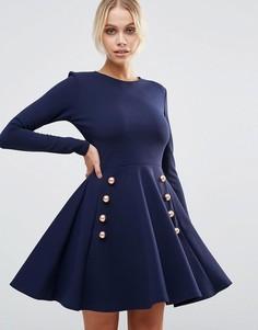 Короткое приталенное платье из крепа с пуговицами в стиле милитари Club L - Темно-синий