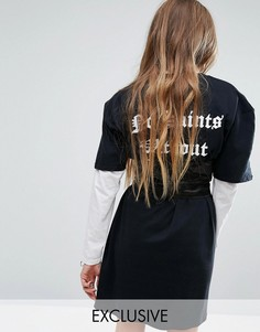 Платье-футболка с корсетом и принтом на спине Reclaimed Vintage - Черный