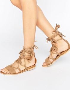 Кожаные сандалии с завязками ASOS FICUS - Бежевый