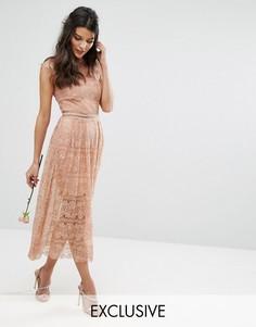 Кружевное платье миди с поясом Bodyfrock - Бежевый