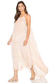 Платье с асимметричным подолом - NYTT