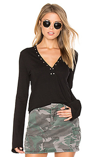 V neck grommet top - Pam & Gela