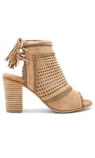 Туфли на каблуке west - Matiko