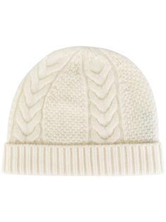 шапка с узором косичка N.Peal