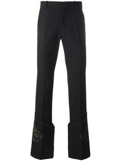брюки прямого кроя с золотистым узором Alexander McQueen
