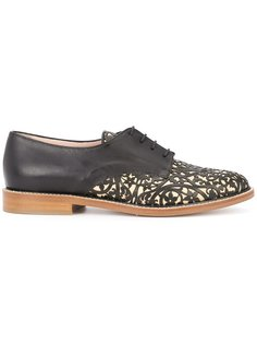 laser cut oxford shoes  Oscar de la Renta