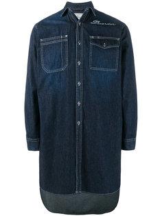 длинная джинсовая рубашка с вышивкой Maison Mihara Yasuhiro