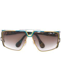 солнцезащитные очки в крупной оправе Cazal
