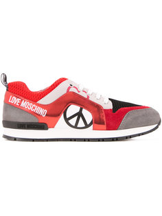 lace up trainers  Love Moschino