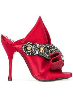 туфли с узелком и отделкой стразами Nº21