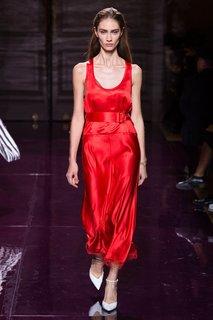 Однотонное платье Nina Ricci
