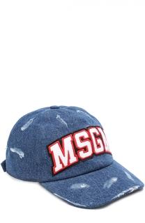 Джинсовая бейсболка с потертостями и нашивками MSGM