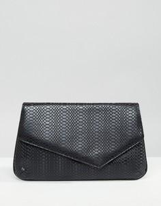 Клатч с асимметричным дизайном и эффектом змеиной кожи ASOS - Черный