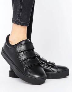 Monki Minimal Triple Strap Trainers - Черный