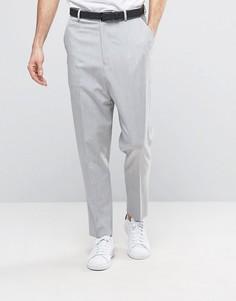 Светло-серые брюки с заниженным шаговым швом ASOS - Серый