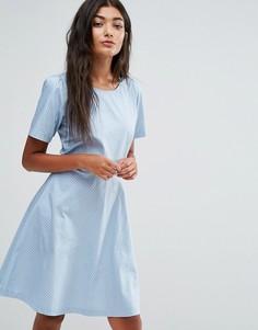 Короткое приталенное платье в горошек Trollied Dolly - Синий