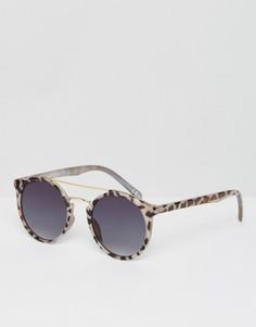 Солнцезащитные очки в стиле 90-х с металлической переносицей и плоскими стеклами ASOS - Коричневый