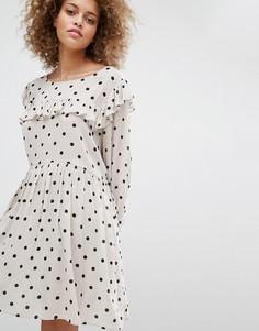 Свободное платье в горошек STYLENANDA - Кремовый