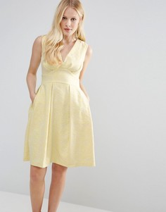 Жаккардовое платье с V-образным вырезом Closet - Желтый