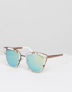 Солнцезащитные очки кошачий глаз с мраморной оправой ASOS - Мульти