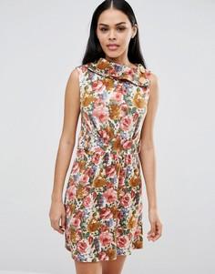 Короткое приталенное платье с цветочным принтом Pussycat London - Коричневый