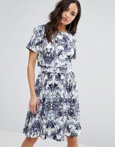 Платье с накладкой-топом Girls On Film - Синий
