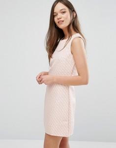 Свободное жаккардовое платье Madam Rage - Розовый