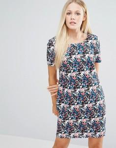 Цельнокройное платье с цветочным принтом и V-образным вырезом на спине Girls On Film - Мульти