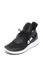 Кроссовки для бега Y-3 Elle Boost