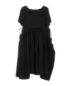 Короткое платье AVN