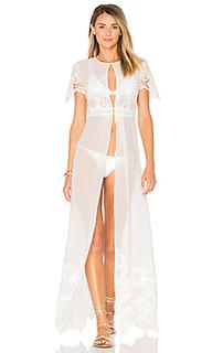 Платье с вышивкой - Tessora